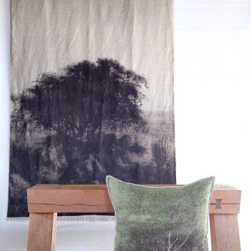 Groen Tak Cushion Print