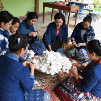 Tai Baan Crafts - Artisans