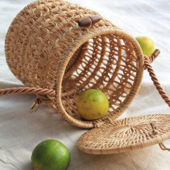 MANAVA - pataga bucket bag hand-woven rattan open